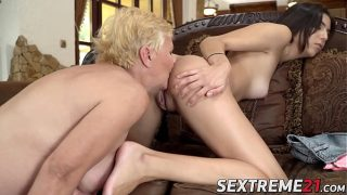 European grandma eating young lesbian pussy and ass