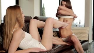 WebYoung – Alexis Crystal, Taylor Sands